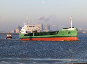 Technische proefvaart ARKLOW CASTLE met assistentie WATERGEUS.