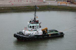 EN AVANT 1 in actie als Rotterdamse havensleper.