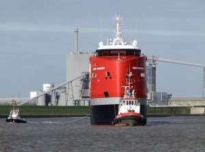Proefvaart EGBERT WAGENBORG op de Eems.