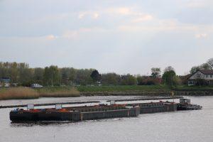 Humus III op de Hollandsche IJssel
