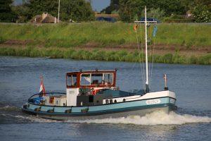 Burly op de Hollandsche IJssel