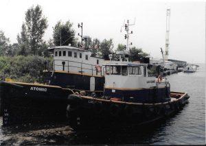 Haven boten Atomic en Lac Como