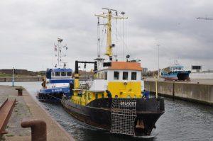 SIL-JESKE-B met sloopschip