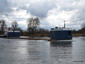 WATER LADY en DELIVER op de IJssel