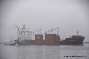 Schippersgracht met behulp van Gruno V de Eemshaven in
