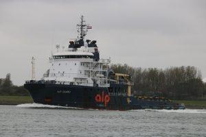 ALP GUARD binnengekomen voor de Waalhaven