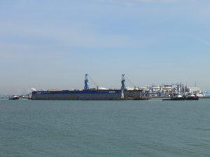 Isa & Dutch Power met Dok 3 van Scheldepoort naar Rotterdam