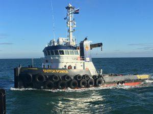 Dutch Power voor de kust bij Aberdeen