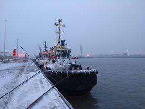 Antwerp Towage in de sneeuw