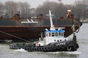 GEPKE, THIJS & GEPKE III met ponton OFFSHORE 2