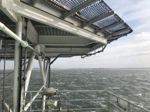TRITON en POLLUX assisteren SEAJACKS LEVIATHAN