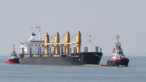 AEC DILIGENCE  assisted by Union Ruby (bow) and Smit Seine (stern)