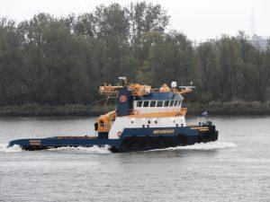 TERRAMARE en MEANDER gespot op de Oude Maas.