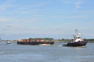 En Avant 30 transport Wagenborg Barge 10