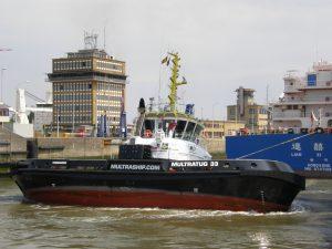 Multratug 7 & CRT Multratug 33 with tanker Lian Xi Hu