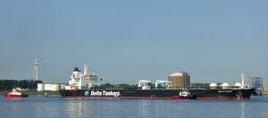 Calandkanaal en 7e Petroleumhaven (Europoort)