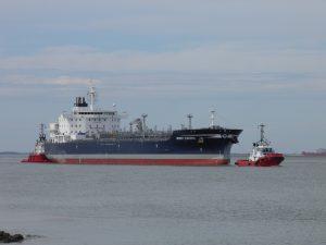 Terneuzen & Union Ruby met Wisby Pacific