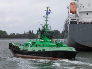 Tug 32 & Bis Virdis with Nordisabella