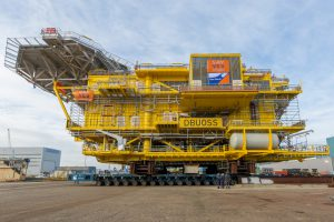 DSVl supporting construction of Offshore Substation for Deutsche Bucht offshore wind far