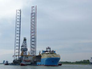 Maersk Maker met rig Ran
