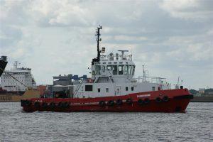UNION 7 en THAMESBANK assisteren OCEAN TRADER