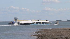 BOBO en DUBLIN op stap met Sarens Twin Barge