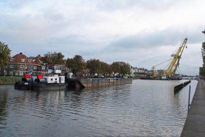 HEBO heeft de Stationsbrug te Middelburg opgepakt voor onderhoud.