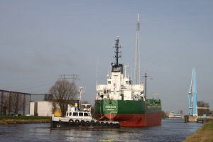Transport NOSSAN naar Delfzijl