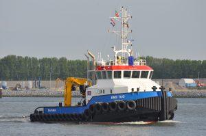 Ems Tug transport ponton 6619 met stuurboot Orion