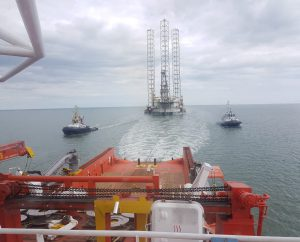 Drilling rig Prospector 1 towed to Sheerness