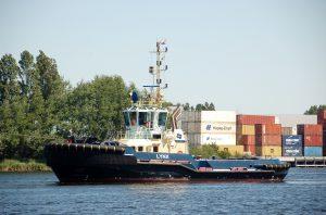 Lynx & Adrianus in IJmuiden