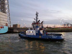 Fairplay XIV met Maersk Bratan