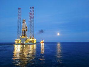 JU Maersk Resolute installed in Dutch Sector