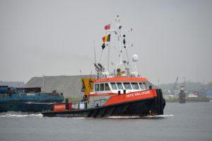 MTS Valour & Multratug 9 met Sarens ponton Victor