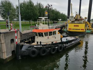 Walrus II & L'Avenir met Nordic Giant